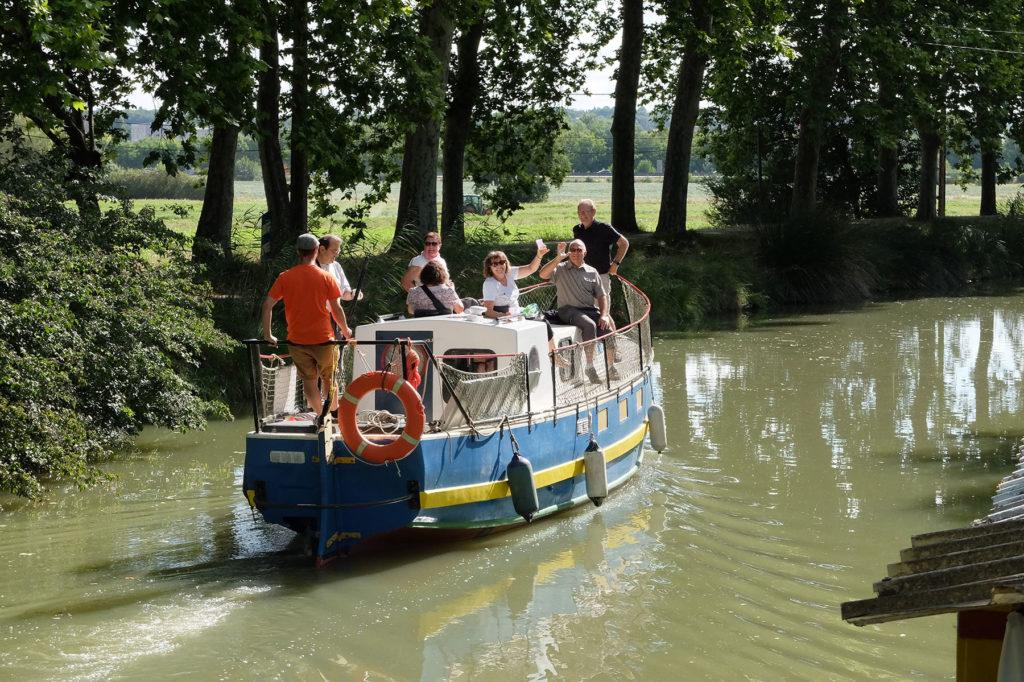 Promenade en bateau sur le canal du midi à Toulouse